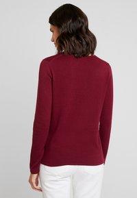 TOM TAILOR - BASIC V NECK - Sweter - tile red - 2