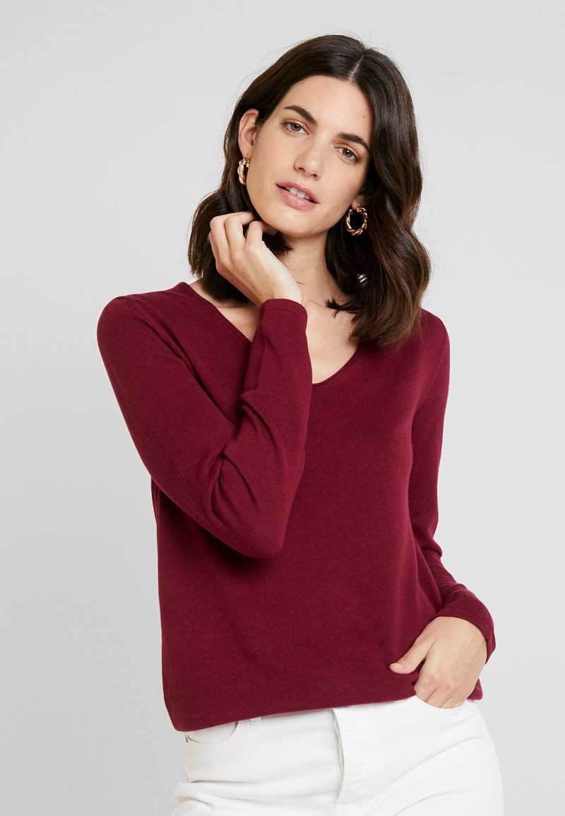 TOM TAILOR - BASIC V NECK - Strickpullover - tile red