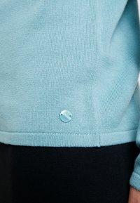 TOM TAILOR - BASIC V NECK - Sweter - mineral stone blue - 5