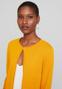 TOM TAILOR - CARDIGAN STRUCTURED - Cardigan - merigold yellow - 3