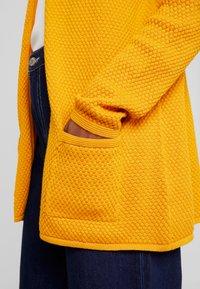 TOM TAILOR - CARDIGAN STRUCTURED - Cardigan - merigold yellow - 5