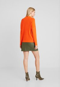 TOM TAILOR - BATWING OTTOMAN - Sweter - knockout orange - 2