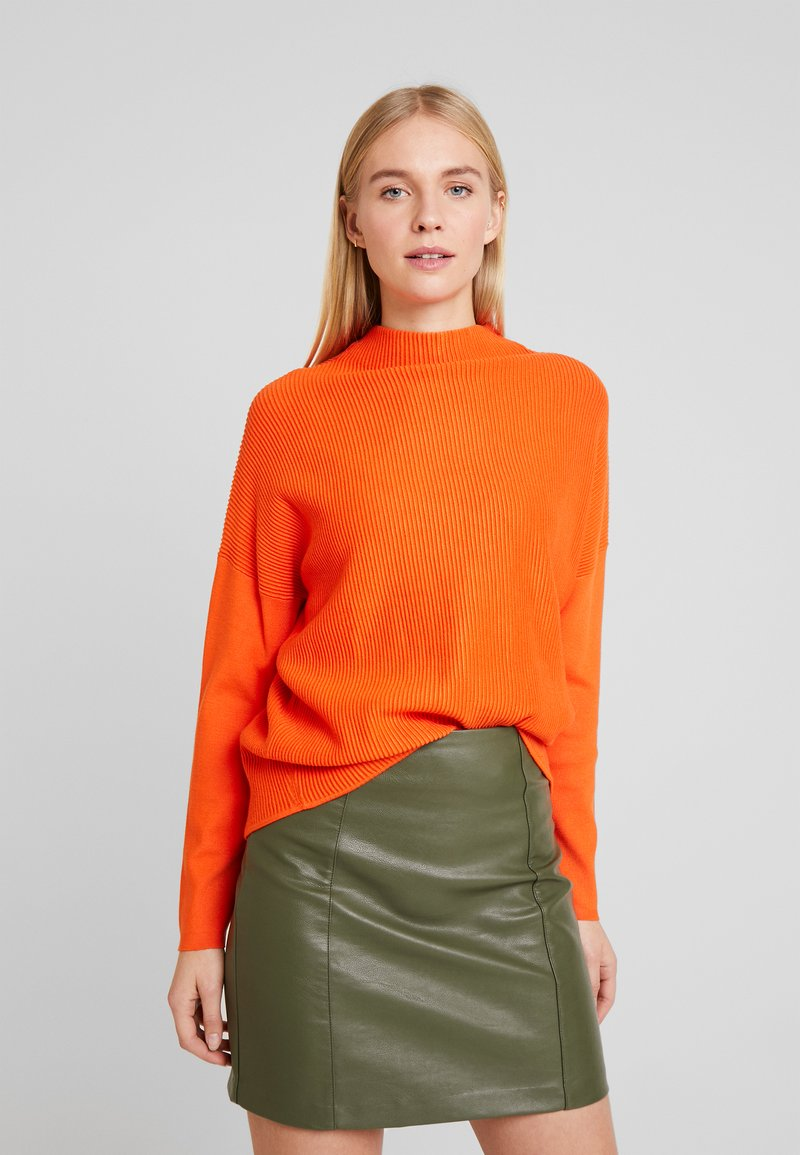 TOM TAILOR - BATWING OTTOMAN - Sweter - knockout orange