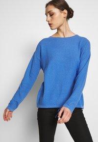 TOM TAILOR - ZIGZAG STRAP - Sweter - sicilian blue - 3