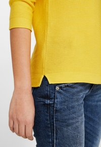 TOM TAILOR - NEW OTTOMAN - Sweter - jasmine yellow - 5