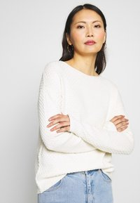 TOM TAILOR - BOXY STRUCTURE - Svetr - whisper white - 3