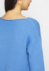 TOM TAILOR - BOXY STRUCTURE - Sweter - sea blue - 5