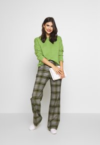 TOM TAILOR - BOXY STRUCTURE - Sweter -  green - 1
