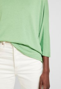 TOM TAILOR - Sweter - sundried turf green - 5