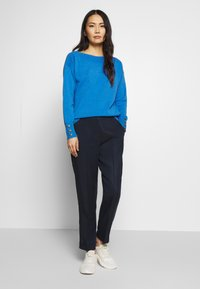 TOM TAILOR - SWEATER BOATNECK - Sweter - parisienne blue melange - 1