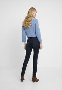 TOM TAILOR - CARRIE - Slim fit jeans - dark stone blue/black denim - 2