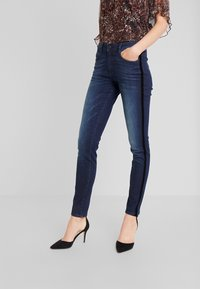 TOM TAILOR - KATE - Skinny džíny - dark stone wash denim/blue - 0