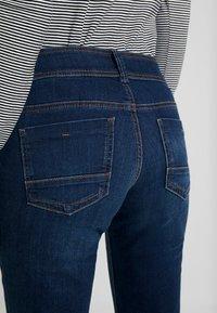 TOM TAILOR - ALEXA - Jeans Bootcut - mid stone bright blue denim - 5