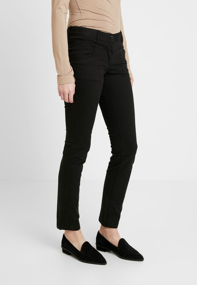 ALEXA - Slim fit jeans - deep black
