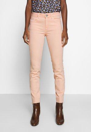 TOM TAILOR ALEXA SLIM - Slim fit jeans - peach blossom