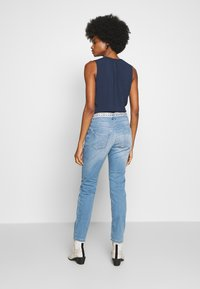 TOM TAILOR - TAPERED - Džíny Relaxed Fit - light stone wash denim blue - 2