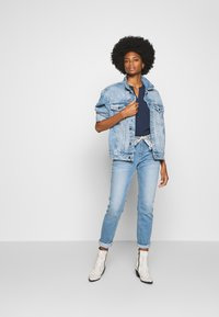 TOM TAILOR - TAPERED - Džíny Relaxed Fit - light stone wash denim blue - 1