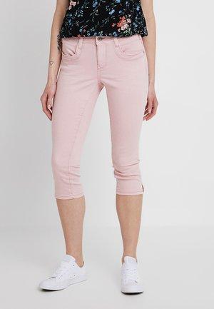 ALEXA CAPRI - Szorty jeansowe - soft pink