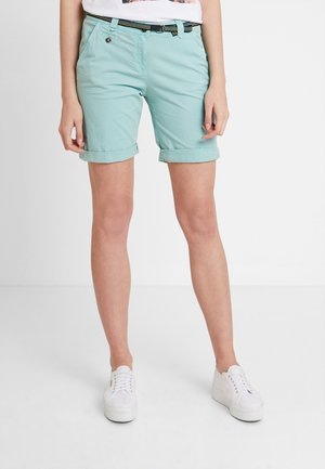 CHINO BERMUDA - Short - canton green