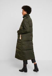 TOM TAILOR - PUFFER  - Vinterkåpe / -frakk - woodland green - 3