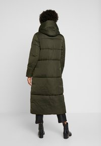 TOM TAILOR - PUFFER  - Vinterkåpe / -frakk - woodland green - 2