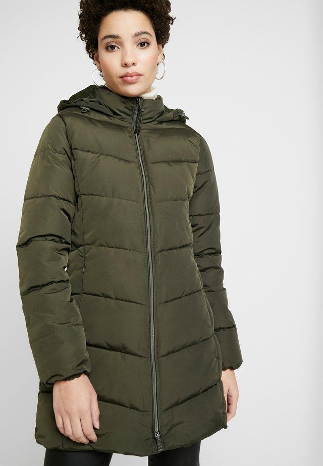 CASUAL PUFFER COAT - Zimní kabát - woodland green