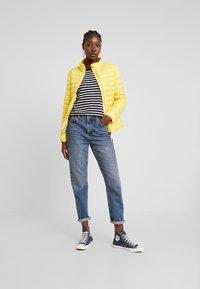 TOM TAILOR - ULTRA LIGHT WEIGHT JACKET - Light jacket - jasmine yellow - 1