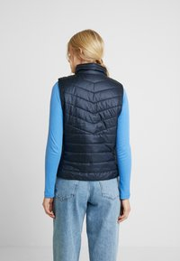 TOM TAILOR - ULTRA LIGHTWEIGHT VEST - Smanicato - sky captain blue - 2