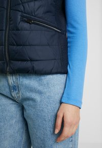 TOM TAILOR - ULTRA LIGHTWEIGHT VEST - Smanicato - sky captain blue - 3