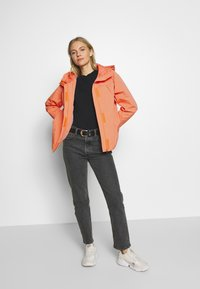 TOM TAILOR - SUMMER LIGHTWEIGHT JACKET - Kurtka wiosenna - fruity melon orange - 1