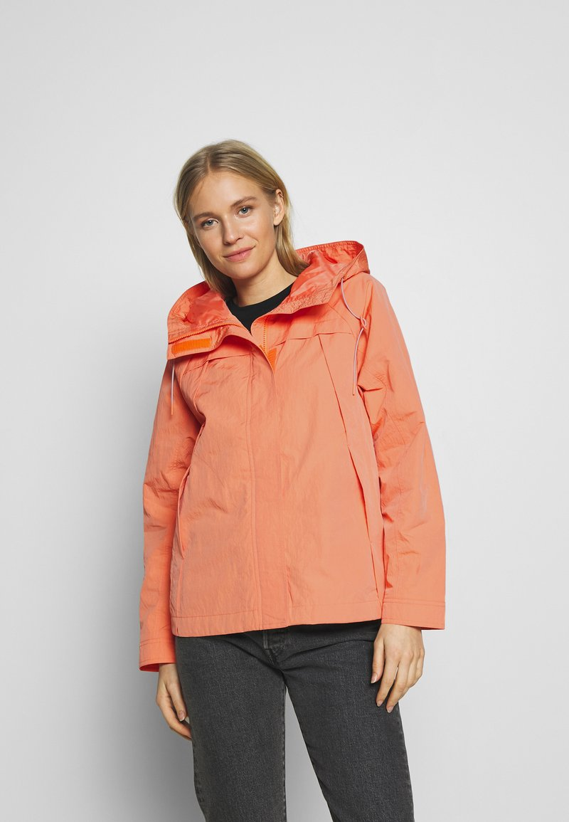TOM TAILOR - SUMMER LIGHTWEIGHT JACKET - Kurtka wiosenna - fruity melon orange