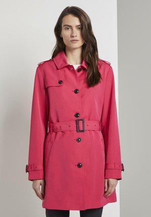Trenchcoat - pink