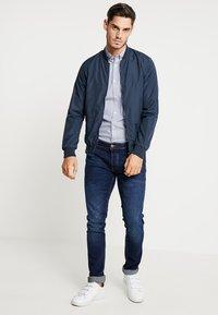 TOM TAILOR - FLOYD PRINTED - Shirt - navy blue - 1