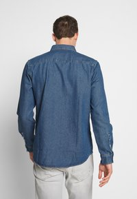 TOM TAILOR - RAY - Chemise - mid stone wash denim blue - 2