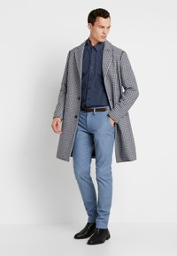 TOM TAILOR - WASHED STRUCTURE - Chino kalhoty - light blue - 1