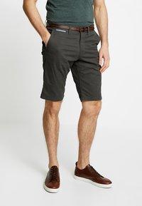 TOM TAILOR - ESSENTIAL - Shorts - grey houndstooth design - 0