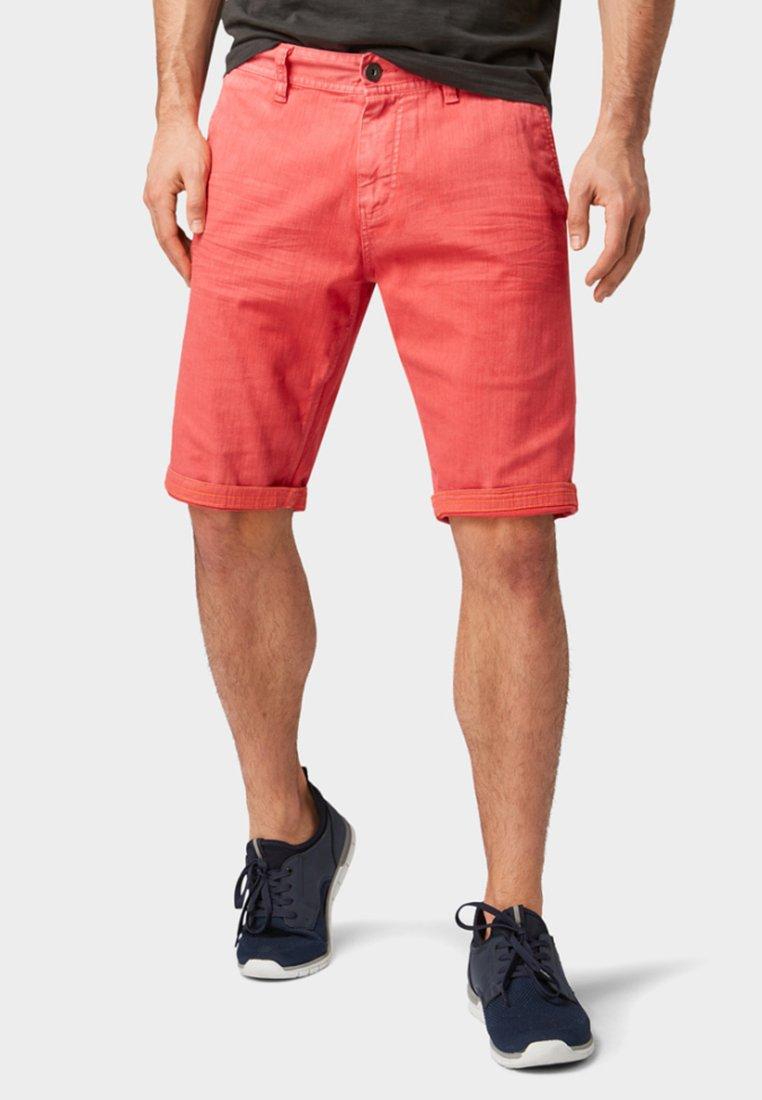 TOM TAILOR - JOSH REGULAR  - Denim shorts - red