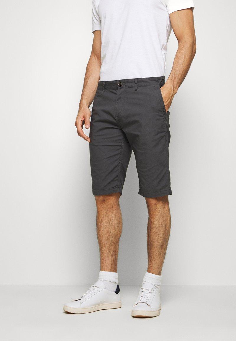 TOM TAILOR - Shorts - tarmac grey