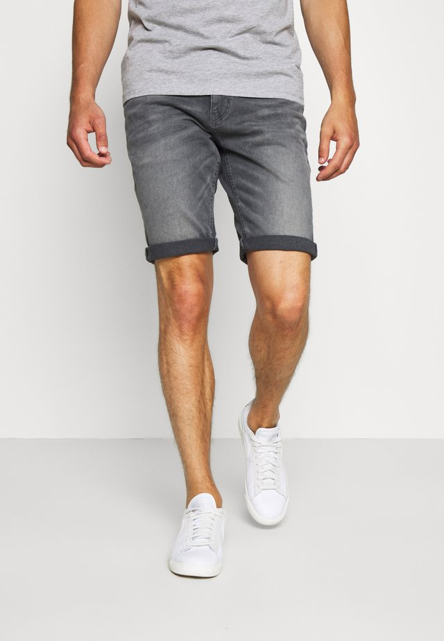 JOSH SUPERSTRETCH - Denim shorts - grey denim