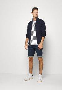 TOM TAILOR - JOSH SUPERSTRETCH - Denim shorts - dark stone wash denim - 1