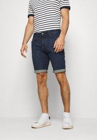 TOM TAILOR - JOSH SUPERSTRETCH - Denim shorts - dark stone wash denim - 0