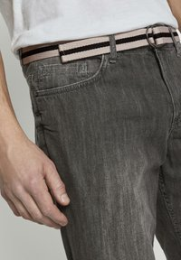 TOM TAILOR - Shorts di jeans - grey denim - 4