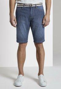 TOM TAILOR - Shorts di jeans - mid stone wash denim - 0