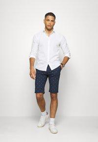 TOM TAILOR - Shorts - navy - 1