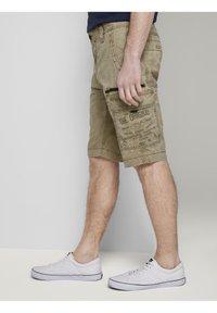 TOM TAILOR - Shorts di jeans - honey camel beige - 5