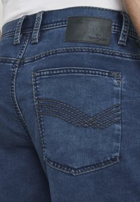 TOM TAILOR - Shorts di jeans - used mid stone blue denim - 5