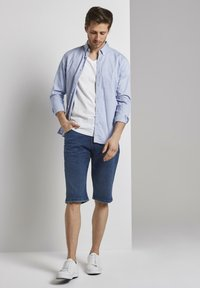 TOM TAILOR - Shorts di jeans - used mid stone blue denim - 1
