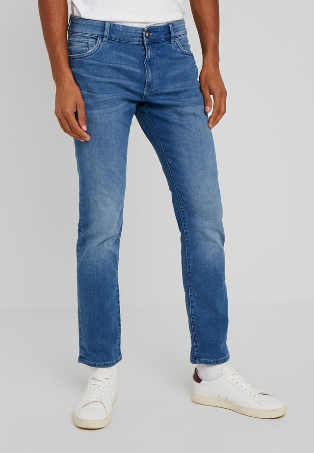 JOSH - Jeansy Straight Leg - used bleached blue denim