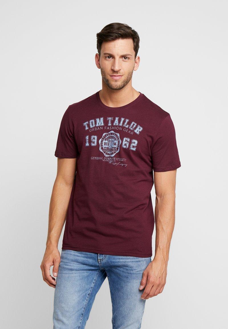 TOM TAILOR - LOGO TEE - T-shirt con stampa - purple