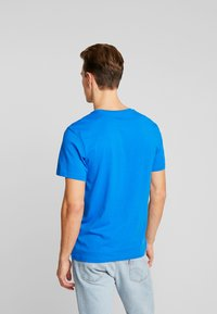 TOM TAILOR - LOGO TEE - T-shirt con stampa - victory blue/blue - 2